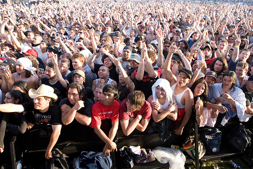 A picture named crowd.jpg